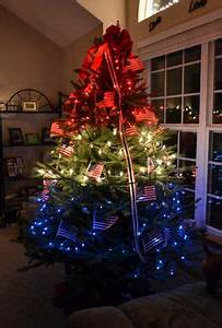 Chicago Cubs Christmas Tree by Ribbonista Leah Farrar