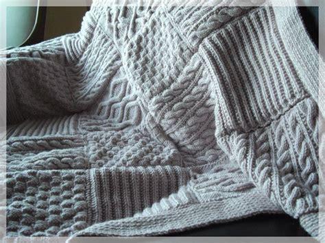 les 25 meilleures id 233 es de la cat 233 gorie plaid tricot sur diy couverture b 233 b 233 tricot