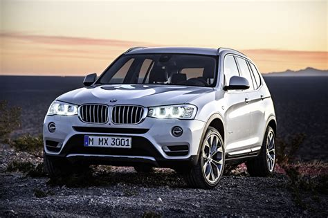 Think of the x3 as the suv version of the 3 series. BMW X3 マイナーチェンジで顔つきと安全装備が充実! | clicccar.com(クリッカー)