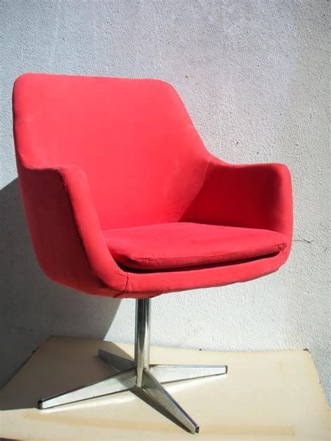 retro swivel tub chair