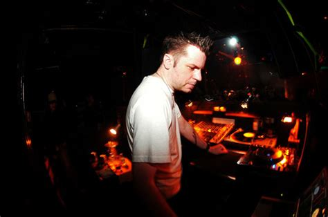 Real Grooves Volume 10 Feat. Kevin Yost @ Space Lab Yellow