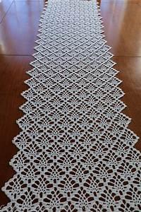 Free Crochet Pineapple Table Runner Patterns