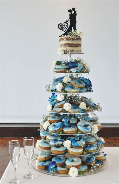 bridal mad  cakes