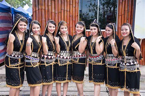 Naked Dusun Girls Of Sabah   NEW PORNO