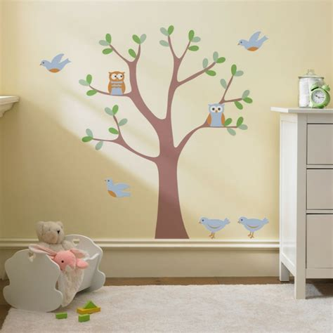 frise chambre fille le pochoir mural 35 idées créatives pour l 39 intérieur