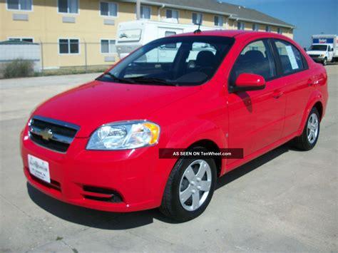 chevrolet aveo lt sedan  speed manual red
