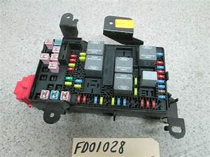 06 Ford F250 F350 Super Duty Dash Fuse Box Power Distribution Relay Center