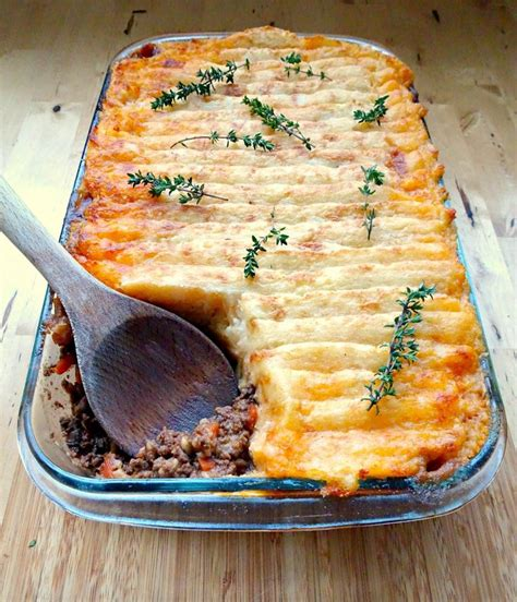 classic cottage pie recipe s traditional cottage pie recipe meats boeuf