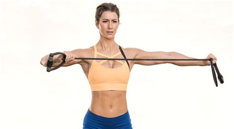 fitness trainer jen widerstrom shares her super effective and fast full body workout muscle