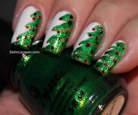 christmas tree nail art set in lacquer