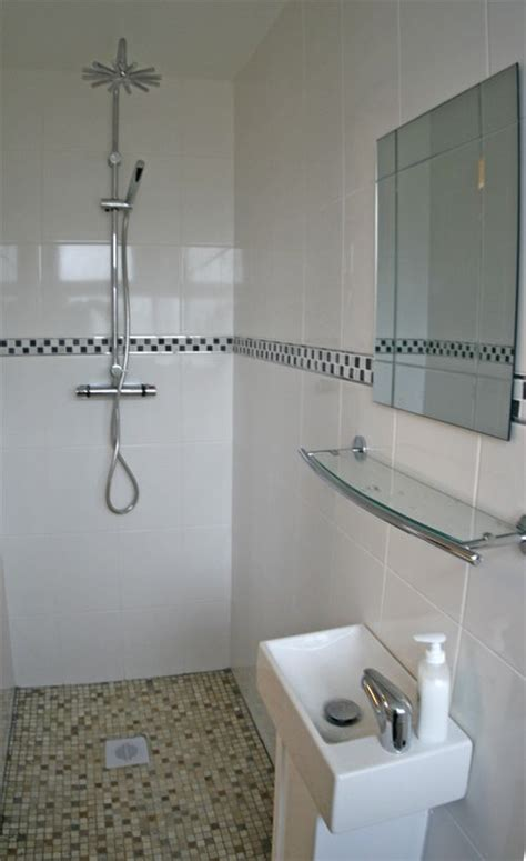 ideas for small shower rooms small ensuite shower room ideas bathrooms designs tiny bathrooms pinterest small wet