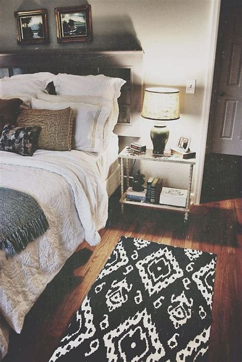 Welcoming Warm Cozy Attic Apartment Rustic Feel by 17 Best Ideas About Cozy Apartment Decor On