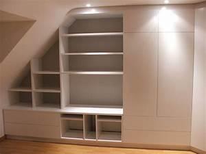 Placard Escalier : sous escalier sous pente agencement vannes ~ Carolinahurricanesstore.com Idées de Décoration