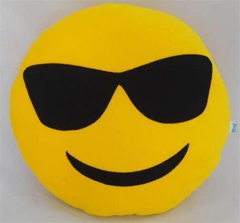 emoji toilet paper whatsapp almofada emoji whatsapp 32cm cada emoticon