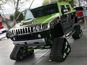 Hummer Snow Cruisers The H2 Snowmobile