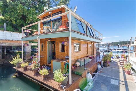 Chicago Houseboat Rental by Seattle Houseboat