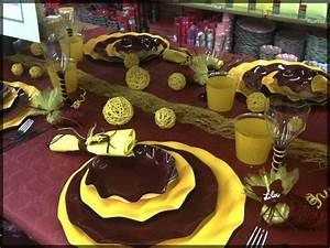 Idee Sympa Pour Bapteme : table de f te marron chocolat et jaune sympa pour un anniversaire un mariage ou no l ~ Farleysfitness.com Idées de Décoration