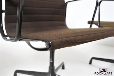 Art Chairs by Ea 108 Aluminium Group Chairs By Eames Room Of Art