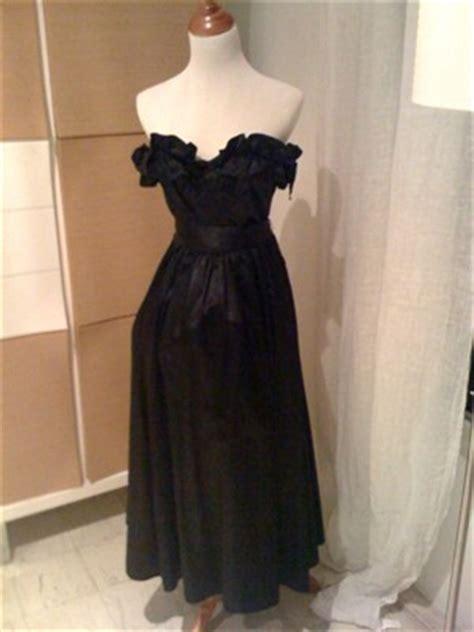 black taffetasatin strapless gown princess diana book