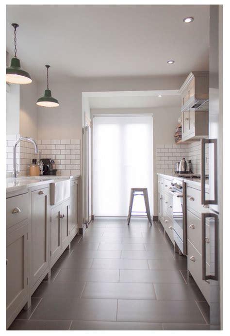 shaker kitchen tiles white and gray kitchen subway tiles shaker cabinets 12 2175