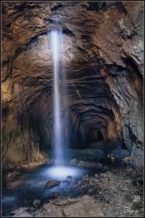 Tennessee Underground Waterfall Cave