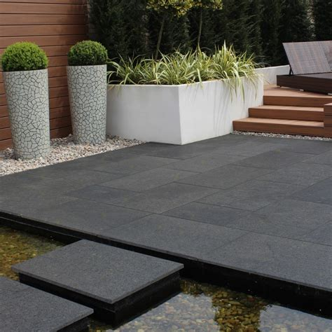 granite premiastone noir gold paving slabs