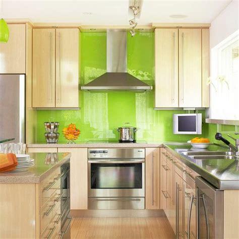 coloured kitchen tiles 1001 frische ideen f 252 r wandfarbe in gr 252 n farbtrend 2017 2368