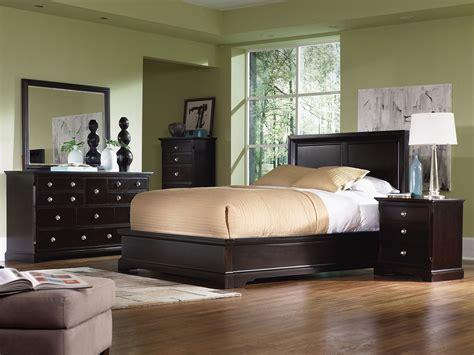 Georgetown 4piece King Bedroom Set  Dark Merlot