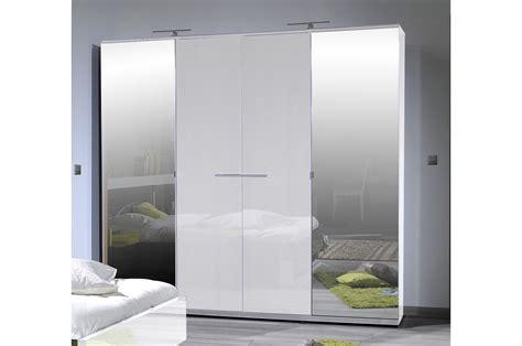 armoire chambre blanc armoire design 4 portes laqué blanc trendymobilier com