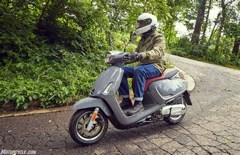 Review Kymco Like 150i by 2018 Kymco Like 150i Abs Scooter Review Motorcycle
