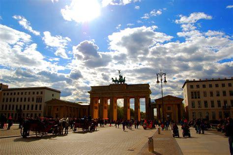 ufficio turismo berlino berlino attrae pi 249 turisti roma 200 tra le prime 7 al