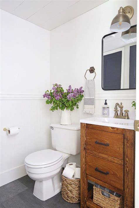 Color Ideas For Small Bathrooms by Paint Color Ideas For A Small Bathroom