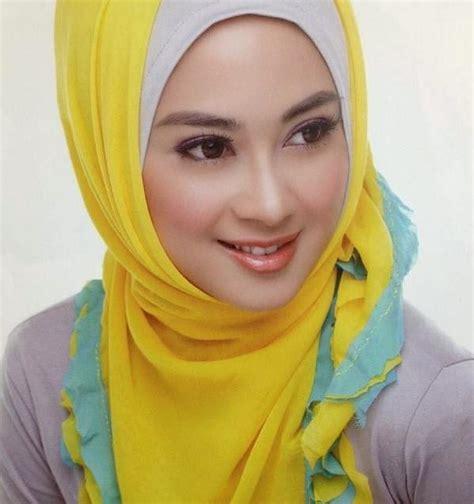 Gadis Jilbab Model Kerudung Hijab Beauty Foto Bugil