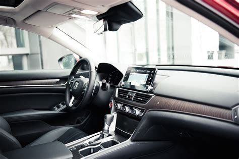 review  honda accord  touring canadian auto review