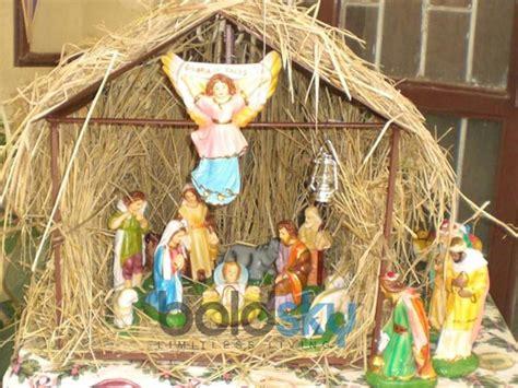 decorate christmas crib for your home boldsky com