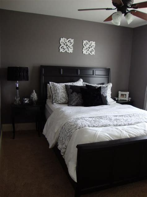 Gray And Black Bedroom by Purple Grey Guest Bedroom Bedroom Designs Decorating