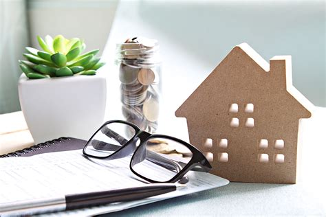 A situation in which two or more insurance companies share a risk 2. What Is a Purchase Money Loan?