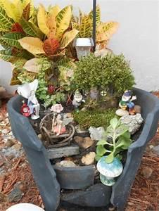Minigarten Im Glas : kreativer minigarten 16 originelle baselideen aus alten blument pfen ~ Eleganceandgraceweddings.com Haus und Dekorationen