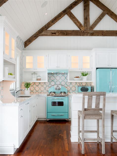beach house kitchen cabinets 10 decorating ideas for a coastal kitchen