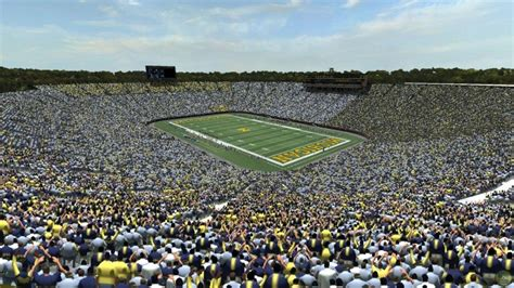 Michigan State Football Images Top 10 Biggest Stadiums In The World Listabuzz Ultimate Lists Blog