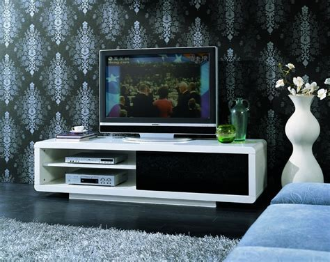 Dockland Prestige Residential » NEWHAM HIGH GLOSS TV UNIT