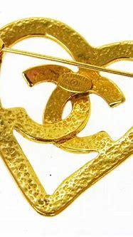 Chanel Gold Heart Cc Logo Brooch - Tradesy