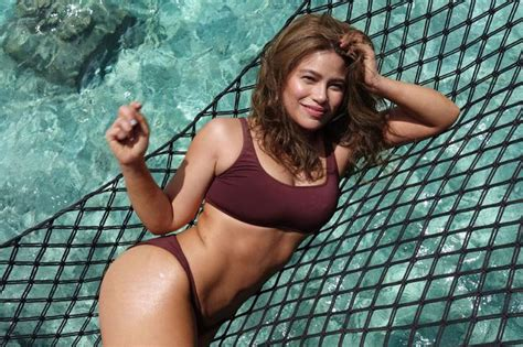 denise laurel instagram bikini stretch marks mom body moms beauty maldives gonzales proudly yes goals ultimate sets fire sa im