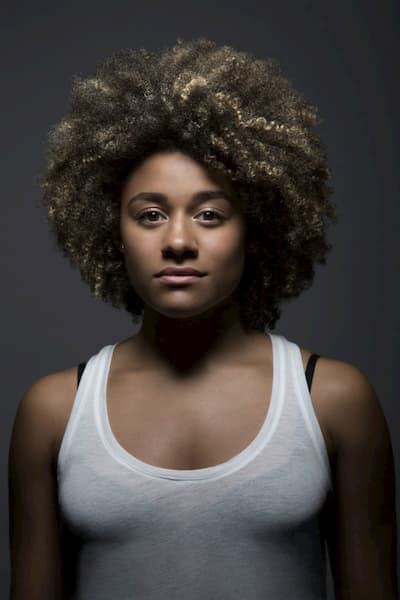 Ariana DeBose Biography, Age, Parents, Husband, Height and ...