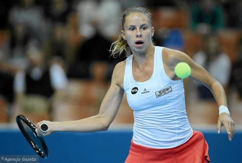 Bio, results, ranking and statistics of magda linette, a tennis player from poland competing on the wta magda linette (pol). Magda Linette odpadła z turnieju w Hobart
