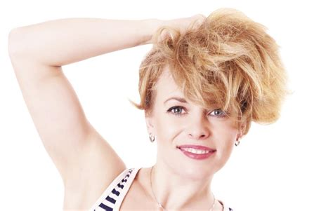 Smart And Stylishly Short Shaggy Hairstyles For Women Over 50
