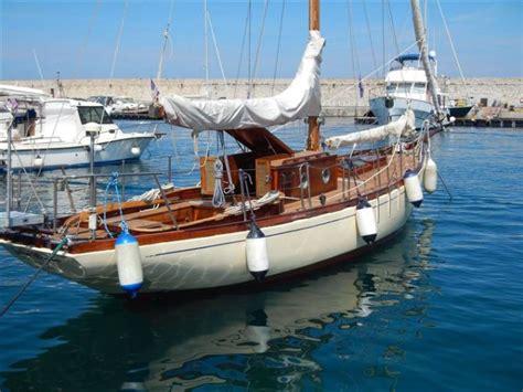 Cabinati A Vela Usati by Vela Epoca In M Porto Antico Di Genova Barche Daysailer