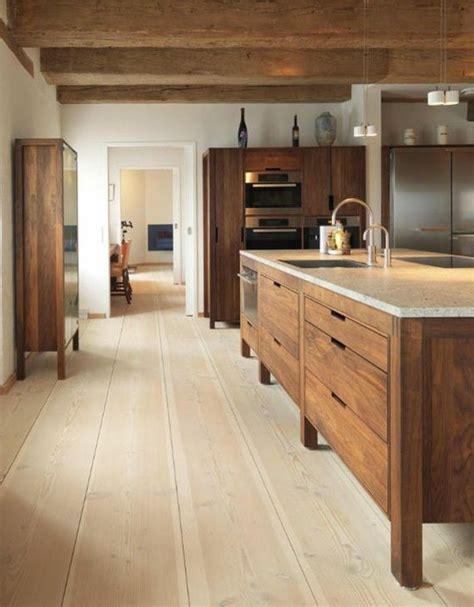 cuisine plancher bois les 25 meilleures idées concernant parquet en chêne sur