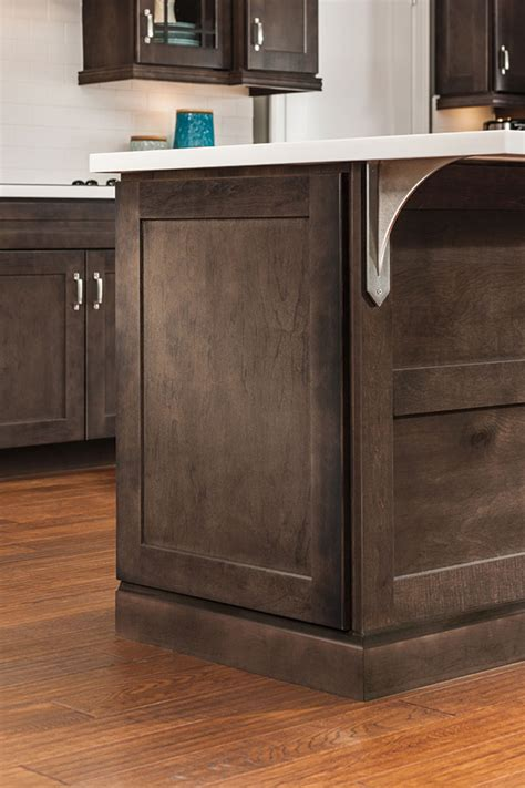 end kitchen cabinet decorative end panel aristokraft cabinetry 3569