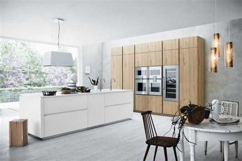 cuisine blanche et bois clair meuble moderne pour cuisine bois d 39 ambiance authentique